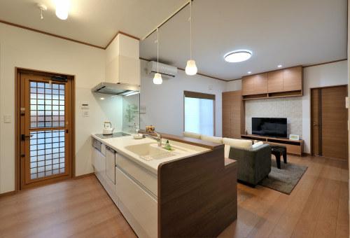 白河市のリフォーム実例、和を愛する家~数奇屋風~施工後リビング
