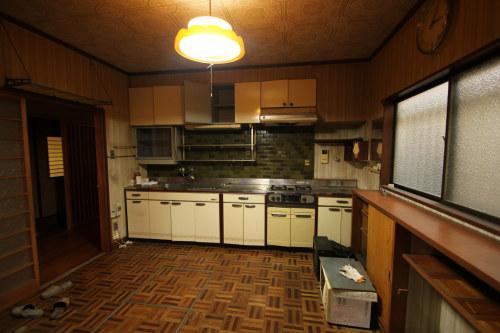 白河市のリフォーム実例、和を愛する家~数奇屋風~施工前キッチン
