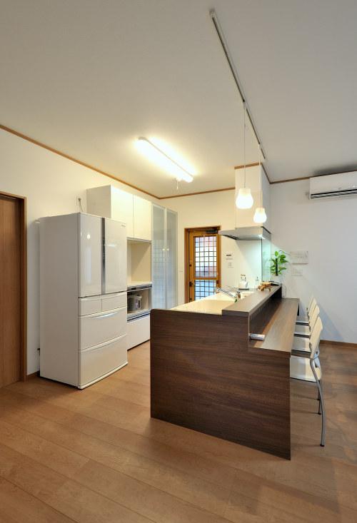 白河市のリフォーム実例、和を愛する家~数奇屋風~施工後キッチン