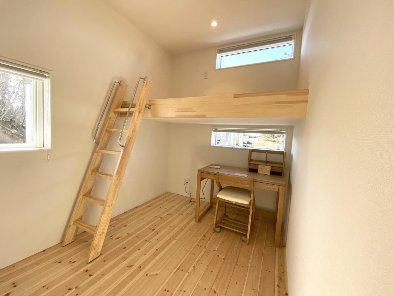 田村市の施工例、コンパクト&北欧デザインの家子供部屋