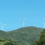 滝根小白井ウィンドファームの風力発電機